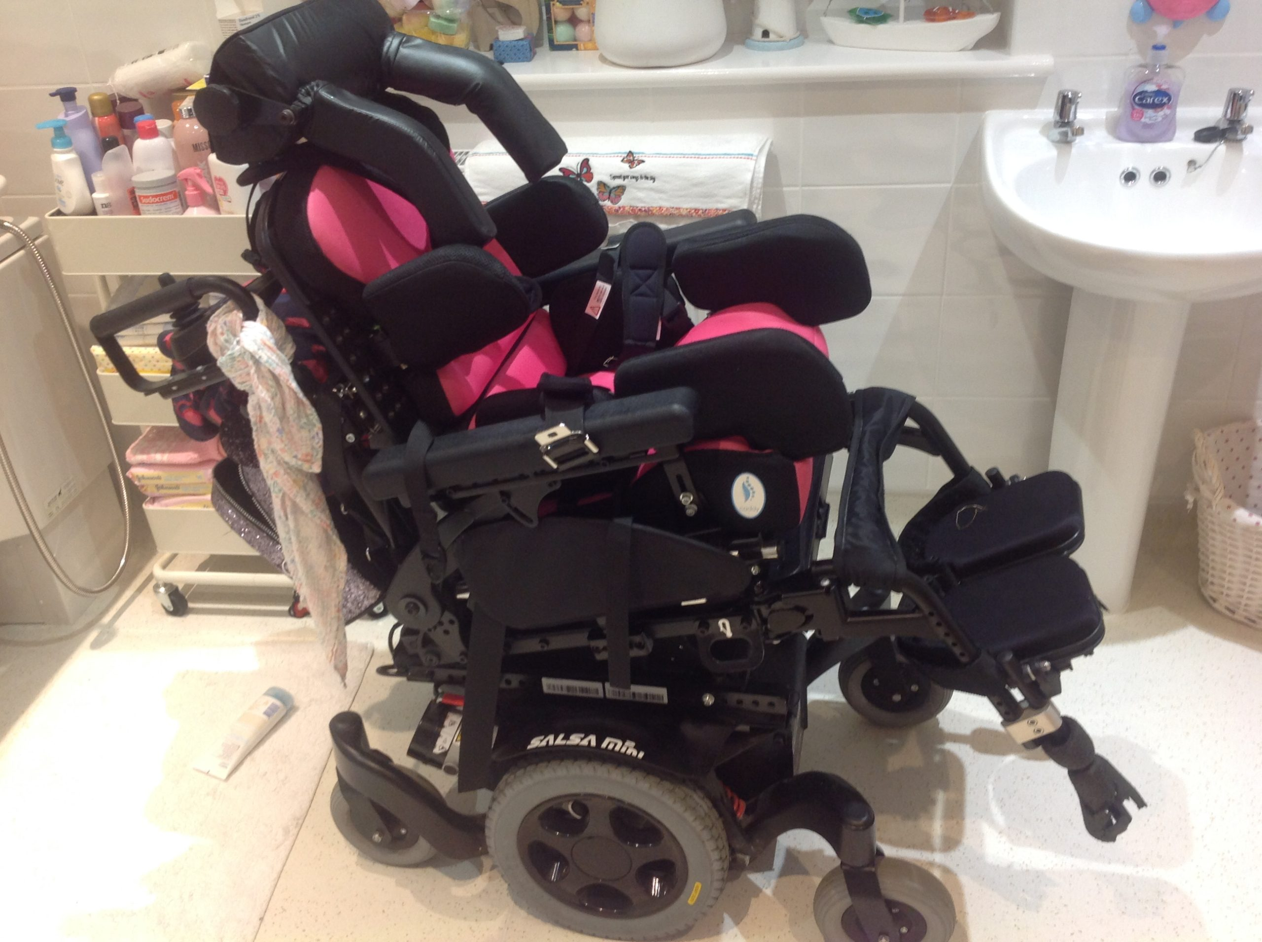Quickie Salsa Mini 2 – Powered Wheelchair