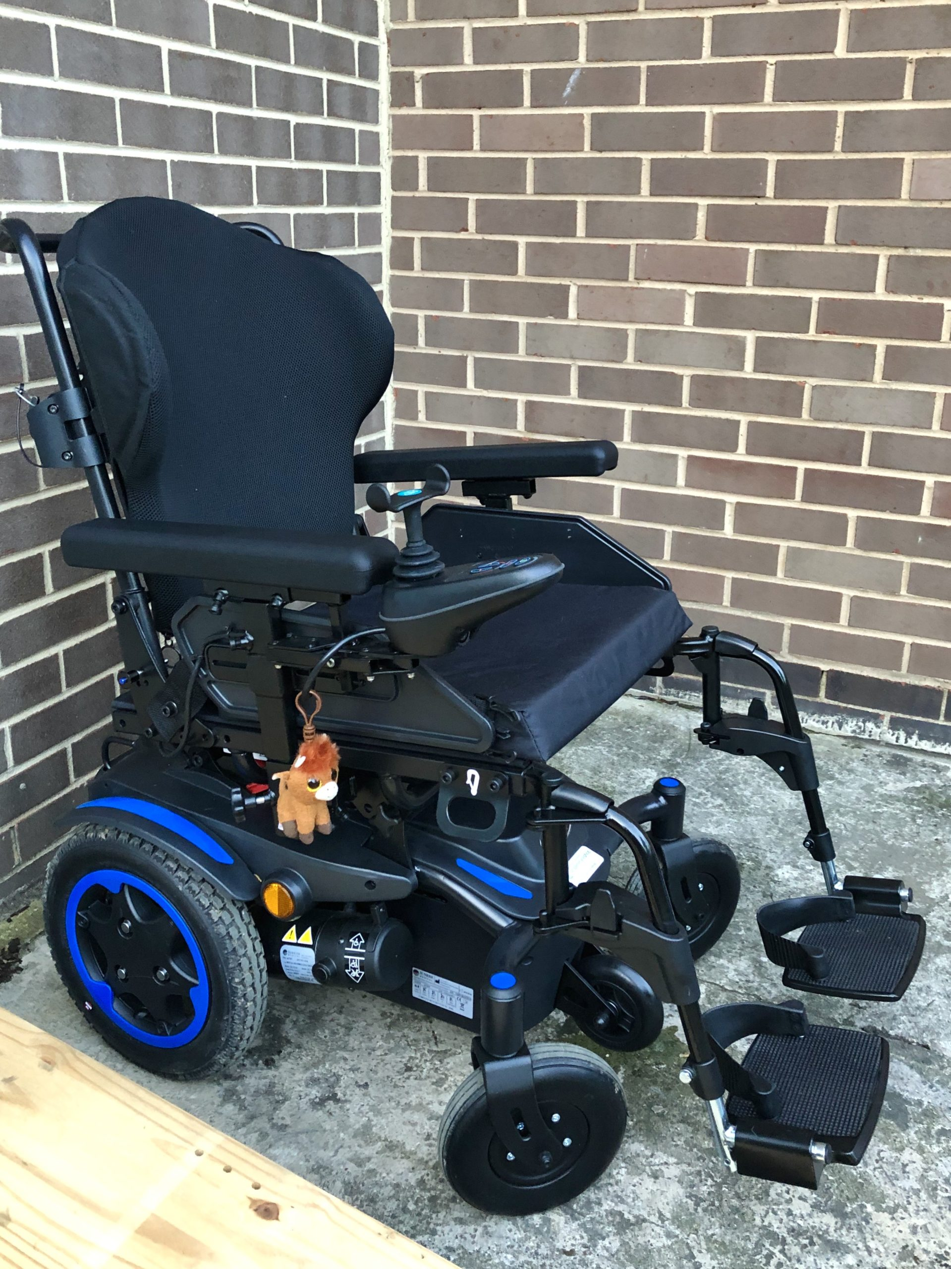Quickie Q100R – Powered Wheelchair
